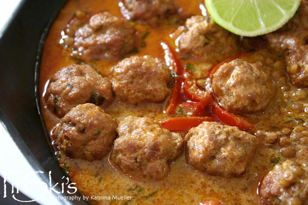 Pork and Lentil Thai Red Curry