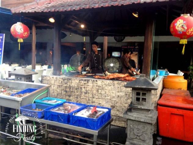 Finding Feasts - Kuta Streets