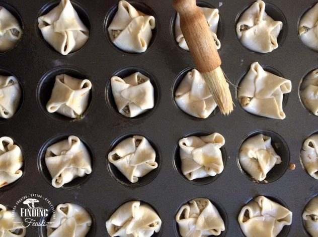 Finding Feasts - Cheesy Mushroom Puffs